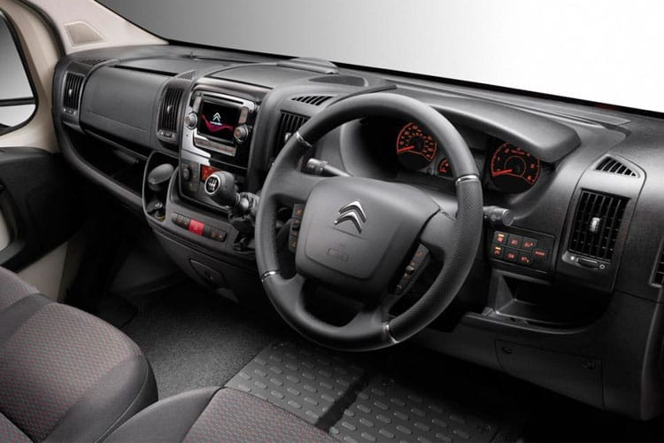 Citroen Relay 35 L3 2.2 BlueHDi FWD 140PS Ready to Run Plus Dropside Double Cab Manual [Start Stop] inside view