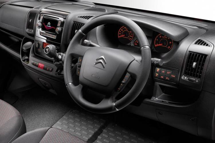 Citroen Relay 35 Heavy L4 2.2 BlueHDi FWD 140PS Driver Van High Roof Manual [Start Stop] inside view
