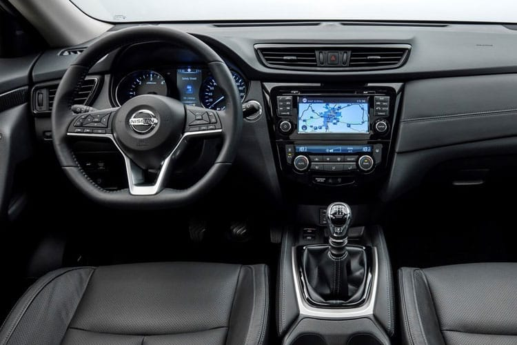 Nissan X-Trail SUV 4wd 1.7 dCi 150PS Tekna 5Dr CVT [Start Stop] [7Seat] inside view